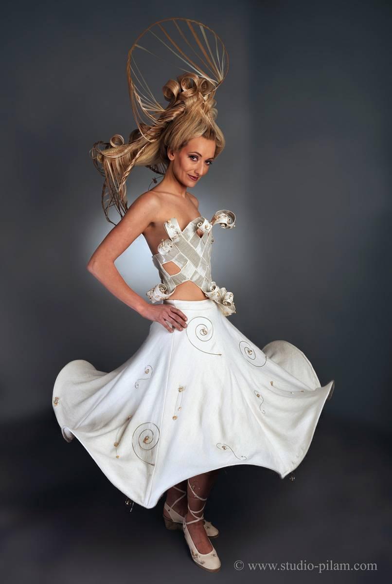 Robe créée par MAYA CREATION et bijoux par SHANTY TURCK